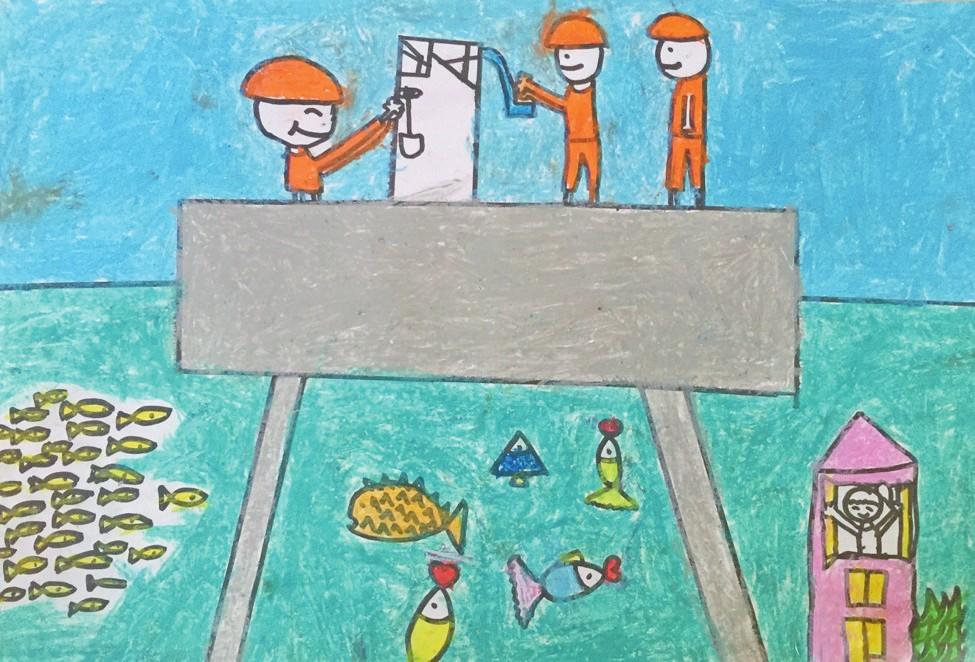 编者按 美丽而神秘的海洋承载着人类美好的梦想,也蕴含着我们未来生活的希望。拓展蓝色经济空间、推进海洋生态文明建设等内容也是十三五时期海洋事业发展的亮点。 在第8个世界海洋日暨全国海洋宣传日到来之际,为引导少年儿童学习海洋知识、认识海洋世界,中国海洋石油报社官方微博@海油螺号举办了主题为我心中的海底城市儿童画大赛。在活动开展的近一个月内,我们收到了70余幅作品,通过微博线上投票和专家线下背靠背评审相结合的方式选出了获奖作品。 在这些精彩纷呈、色泽鲜亮的图画背后,有一群热爱绘画、热爱海洋的孩子们,尽